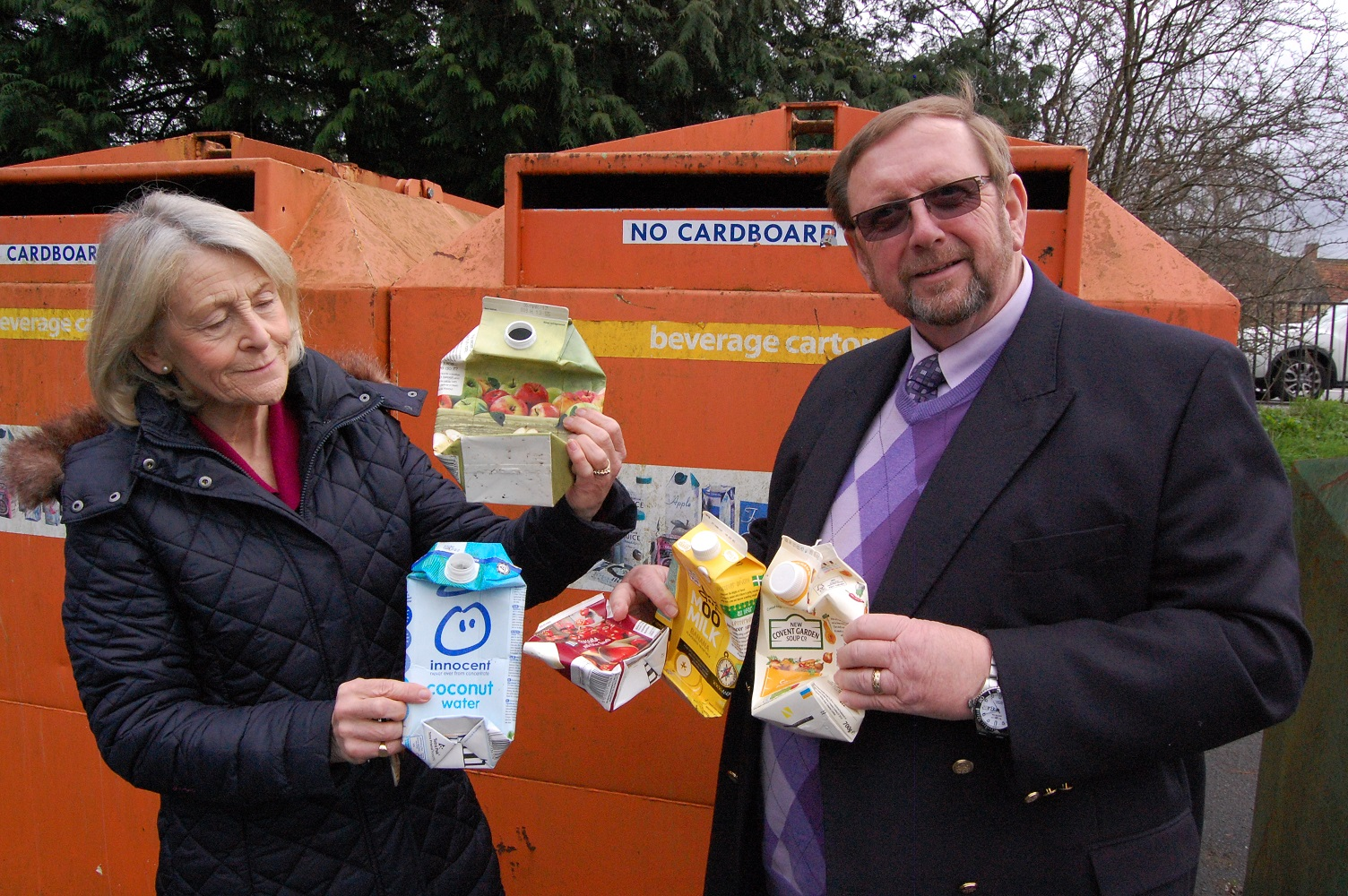Cllr Manuel and Cllr Bryan recycling cartons