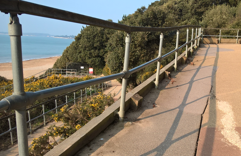 Highcliffe zig-zag path to remain closed until 2018