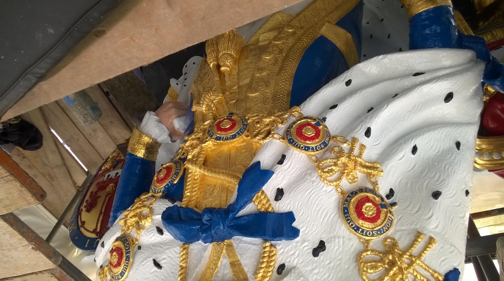 detail on King