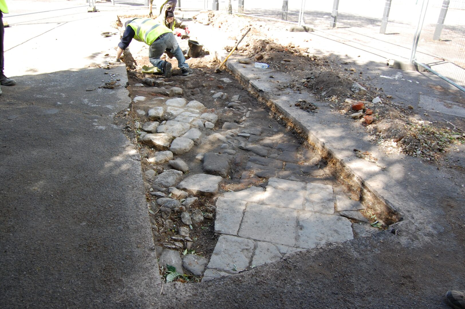 Council praises local community and heritage groups as successful archaeological dig concludes