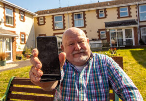 Smartphone gift saves John from a lonely lockdown