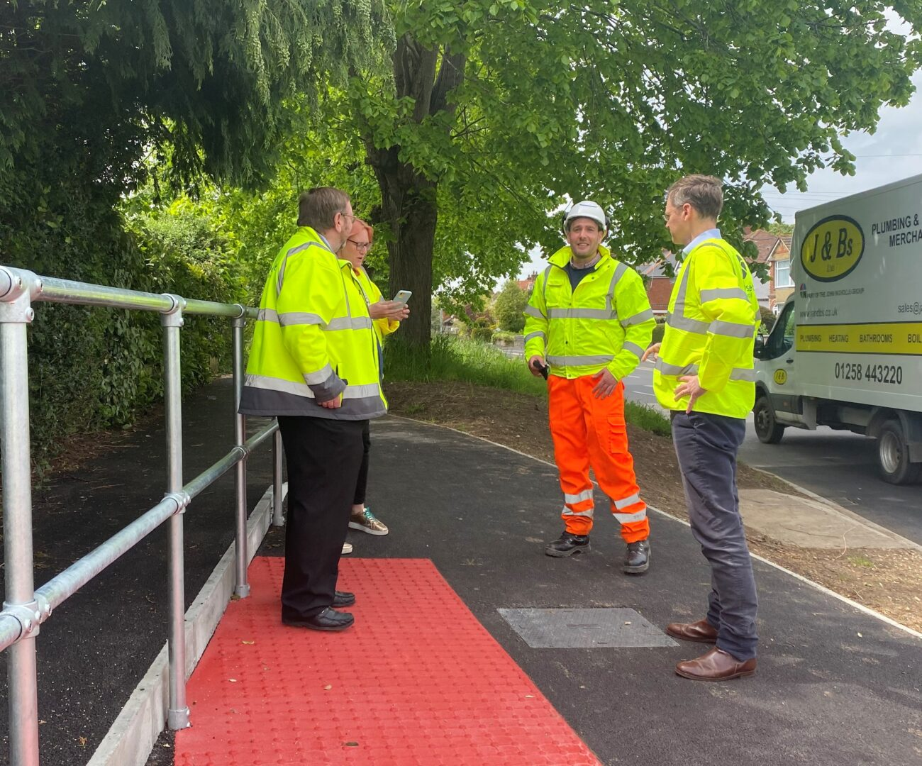 Michael Tomlinson MP visits Leigh Road Sustainable Transport Improvement Works.