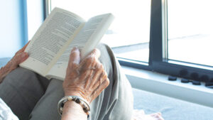 Survey reveals benefits of Home Library Service for residents